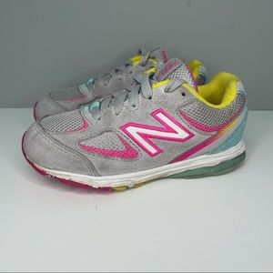 New Balance Kids Gray & Pink Running Shoes Youth Size 9,5